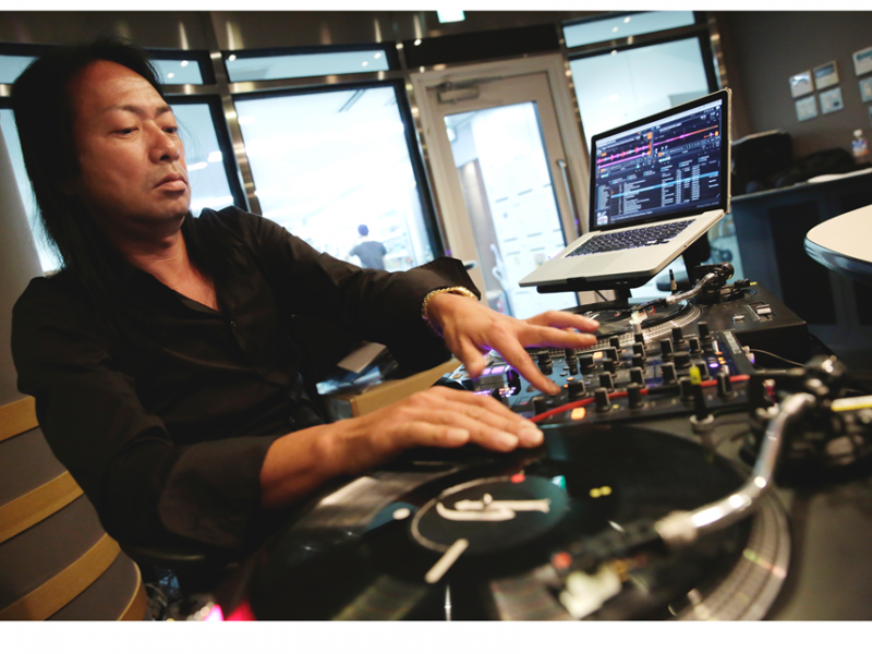 R2 Radio Flashback with DJ Honda
