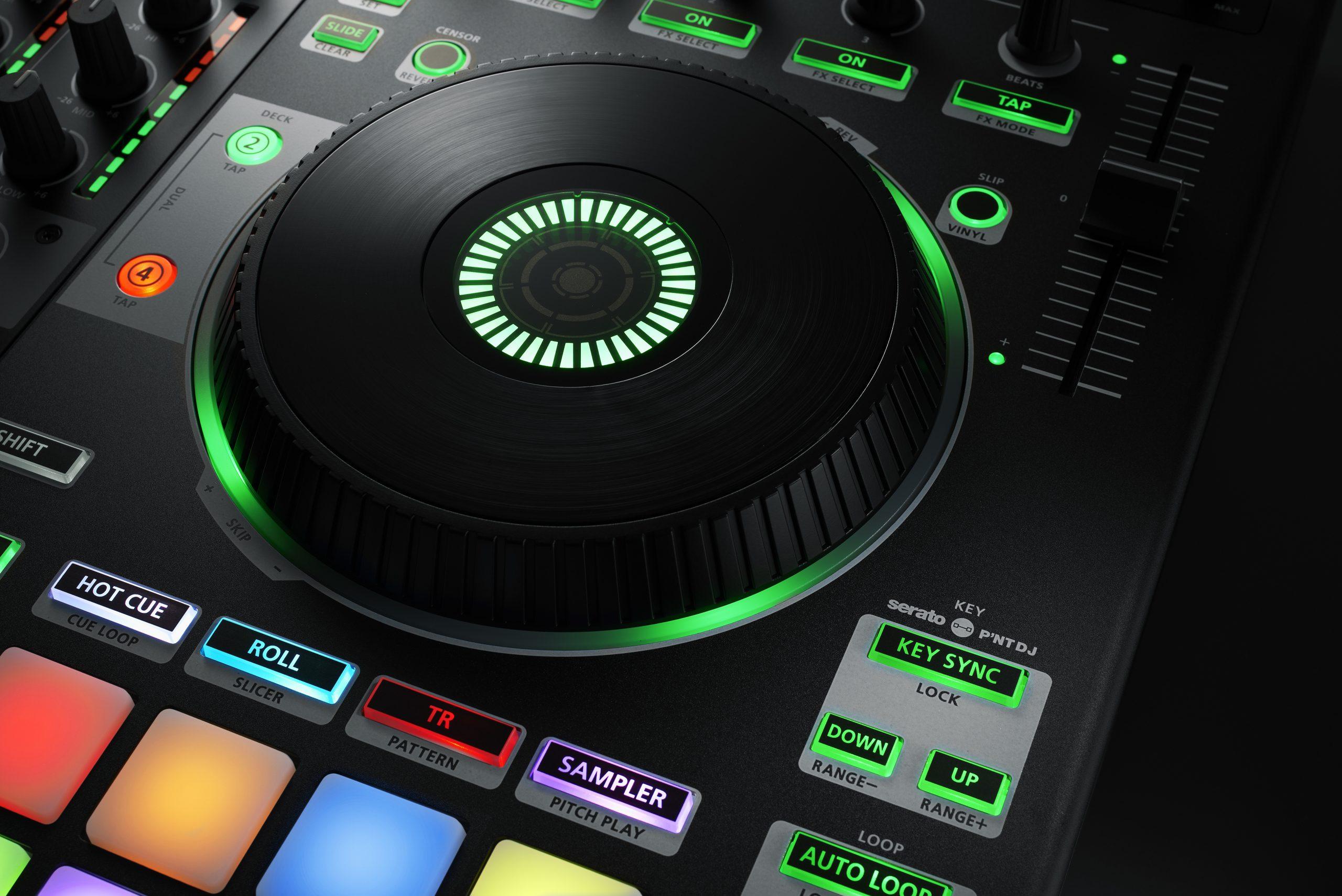 DJ-808_IMG4_IN